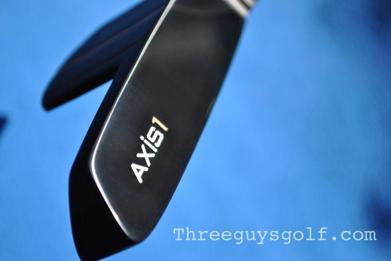 Axis Umbra Putter